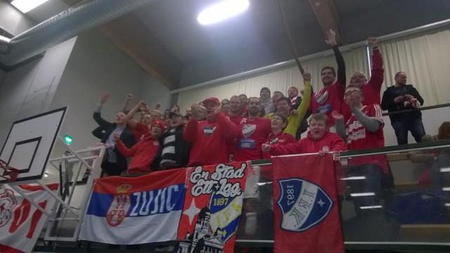 Stadin Kingien fanikatsomossa riitti tunnelmaa. Joukkoon löysi myös muutama tutunnäköinen vahvistus.